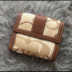 Coach Khaki Hamptons Optic French Wallet F41251
